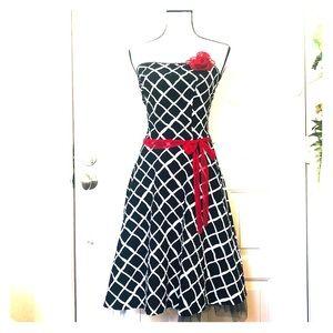 Ruby Rox Black white strapless sun dress 7 Jr.